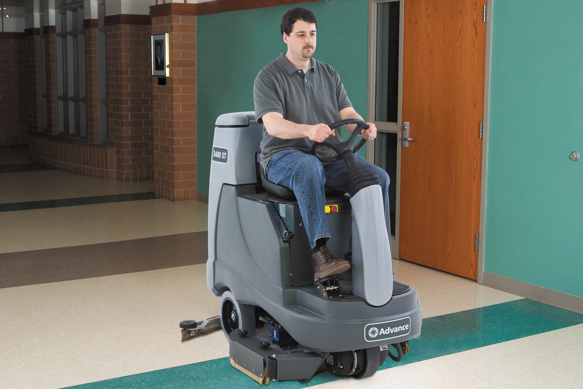 Product, Floor Cleaning, Scrubbers, Rider Scrubbers, Nilfisk, 3400ST 310 SC PH