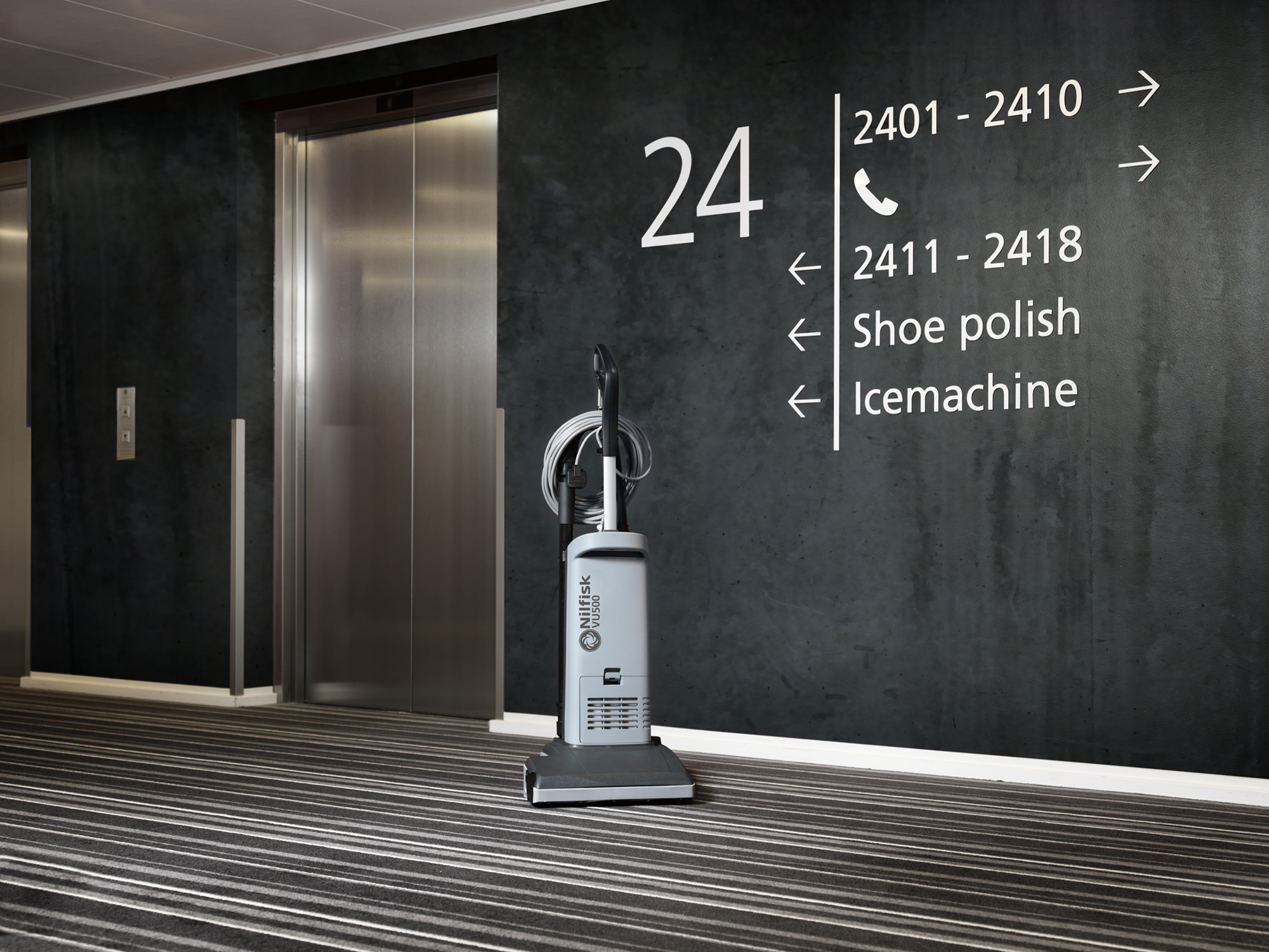 Product, Vacuum cleaners, Commercial vacuum cleaners, Upright vacuum cleaners, Nilfisk, VU500 12INCH SMU