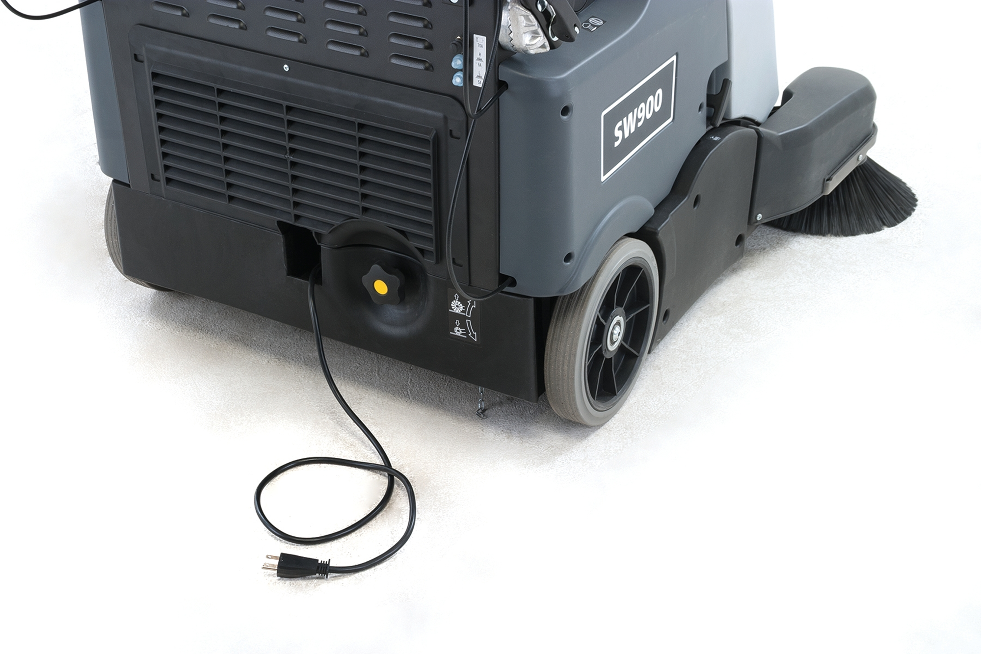 Product, Floor cleaning, Sweepers, Walk-behind sweepers, Nilfisk, SW900 180 AH G/BATT 2SB PKG