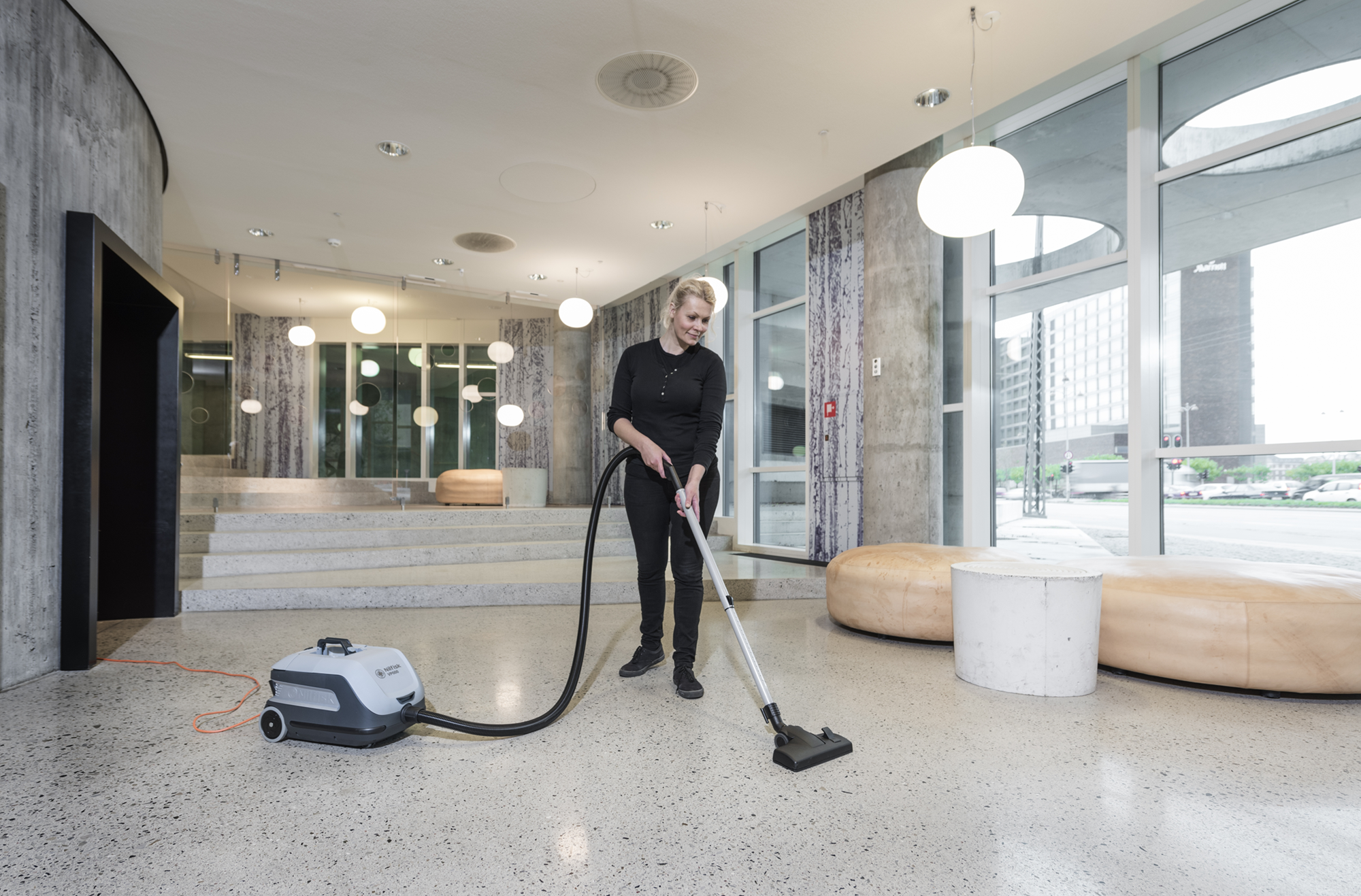 Product, Vacuum cleaners (1), Commercial vacuum cleaners, Dry vacuum cleaners, Nilfisk, VP600 V3