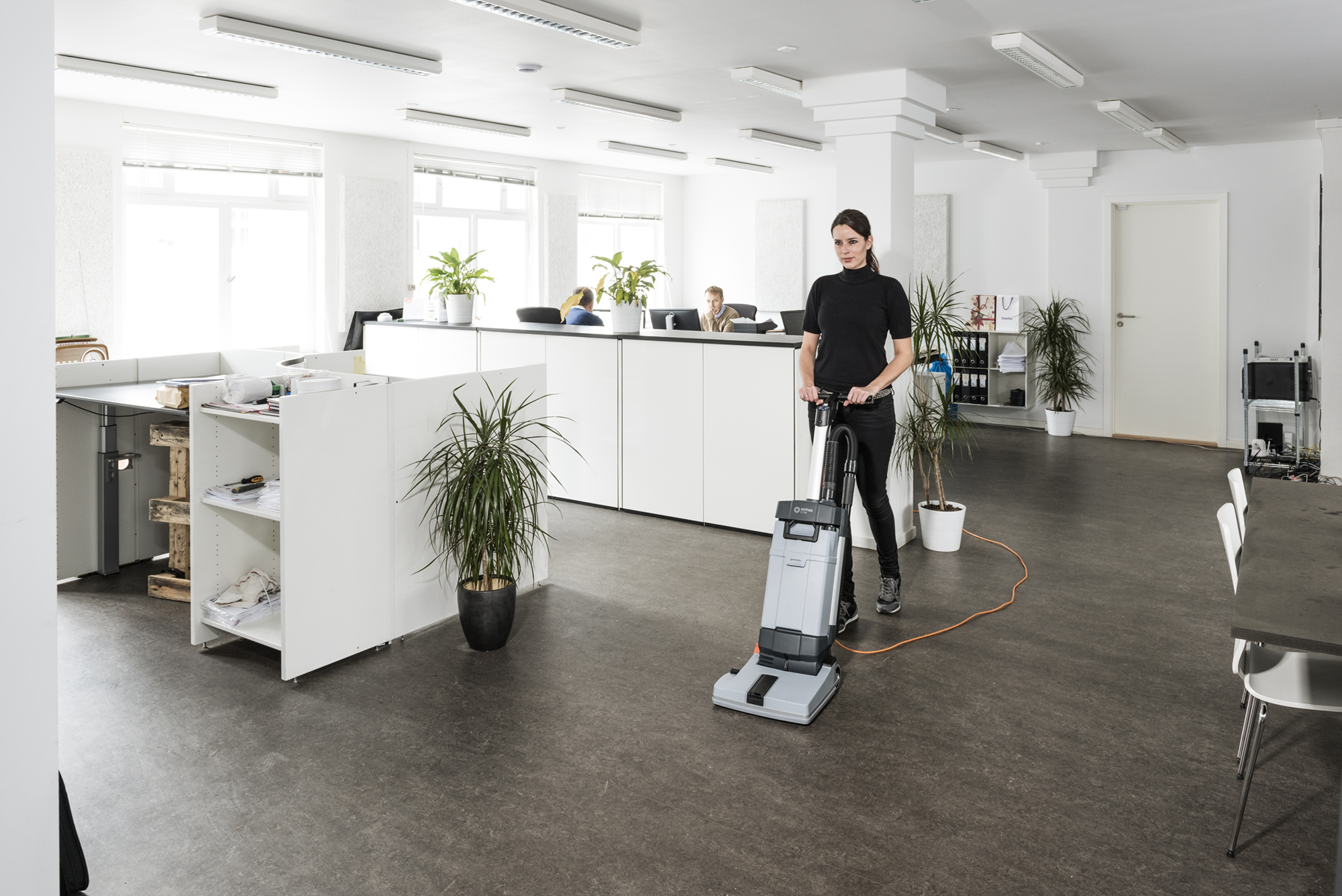 Product, Floor cleaning, Scrubber dryers, Walk-behind scrubber and dryers, Small walk-behind scrubber and dryers, Nilfisk, SC100 E UK
