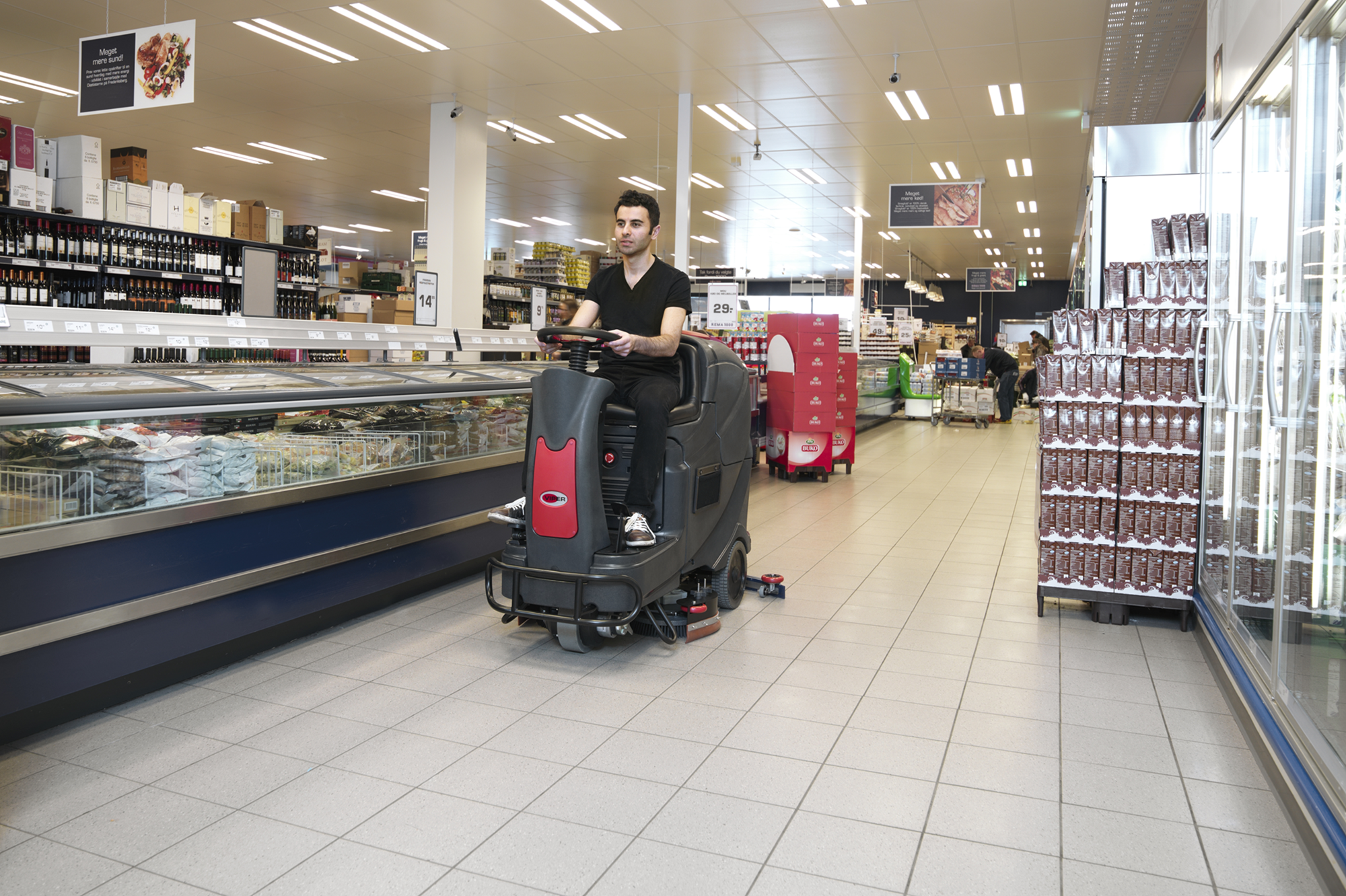 Product, Floor cleaning, Scrubber dryers, Stand-on/ride-on scrubber/dryers, Nilfisk, AS710 R