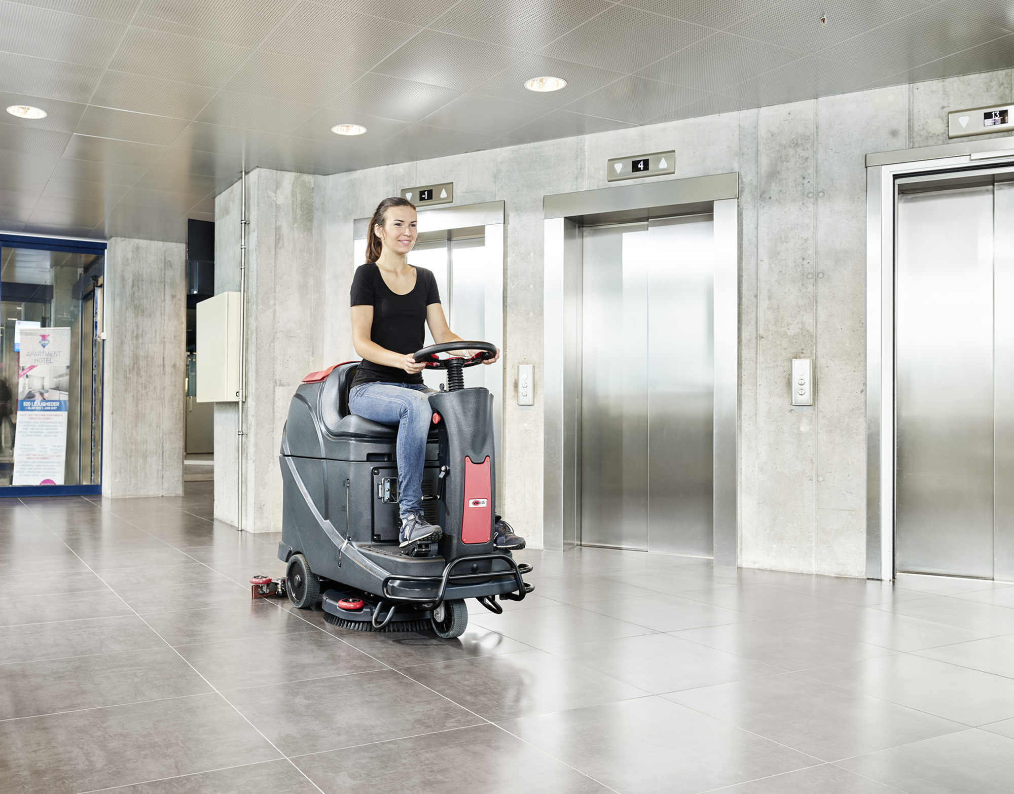 Product, Floor cleaning, Scrubber dryers, Stand-on and ride-on scrubber dryers, Nilfisk, AS530R RIDE ON SCRUBBER 21INCH 24V